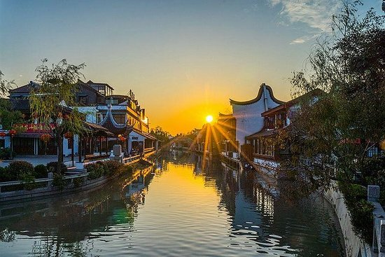Private Fengjing Ancient Town Sunset...