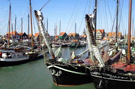 Tour privado de medio día a Volendam...