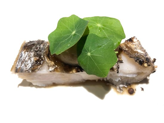 Aca: 太刀魚と菊芋のピューレ