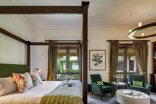 Piccadilly Garden Room - Bedroom