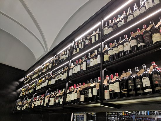 Diana's Place: SO MUCH WINE!!