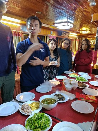 Peter (Duy) take ng Cookery classes on board Vega cruise during Halong bay tour