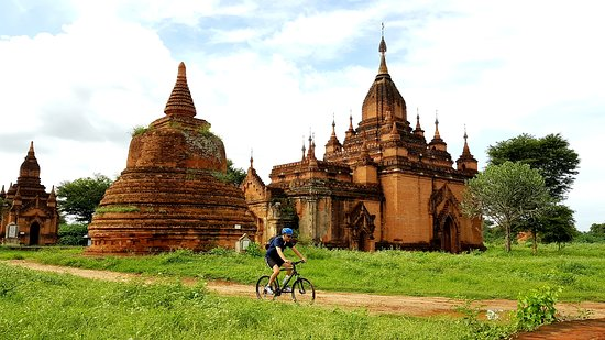 Discover Bagan's hidden secrets by bike. Join Grasshopper Adventures bicycle tour and get enchanted by the stories of our local guides!
