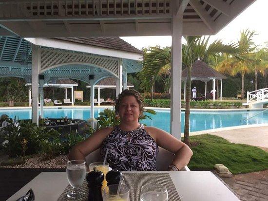 LEVEL exclusive bar/restaurant/pool