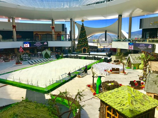Heredia, Costa Rica: New shopping center in San Jose Costa Rica.  Opened in November 2018.