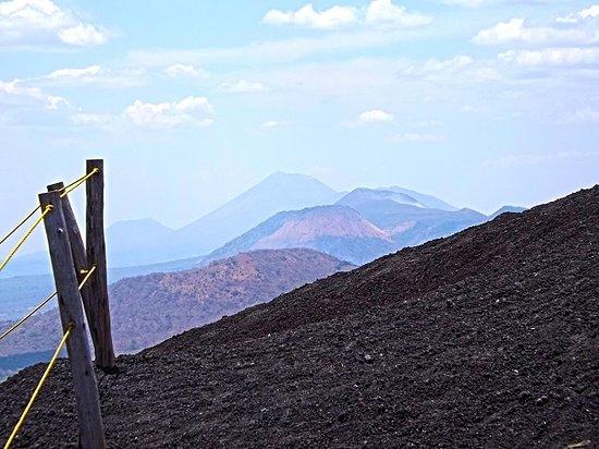 Leon Department, Nikaragua: Maribios volcanic chain.