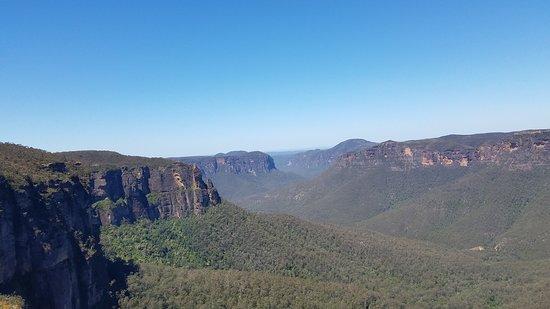 Sydney Adventure Tours: Blue Mtns. vista
