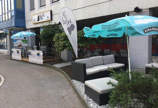 Herisau, Schweiz: Gemütliche Garten Terrasse