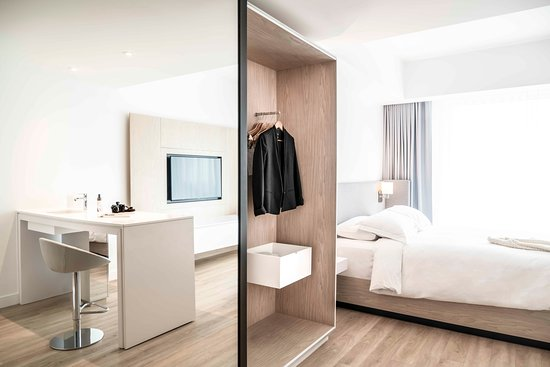 Hotel Mortagne: Chambre nouvelle section Deluxe Queen