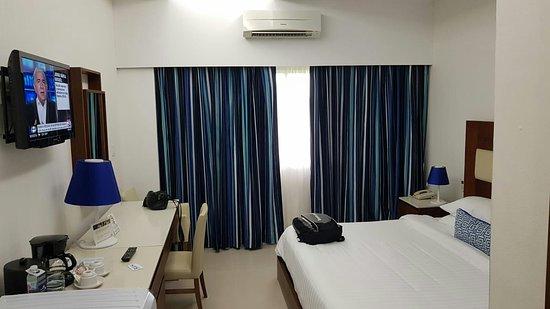 Mykonos Hotel & Convention Center Photo