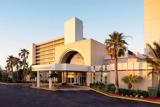 DoubleTree Suites by Hilton Melbourne Beach Oceanfront Hotel