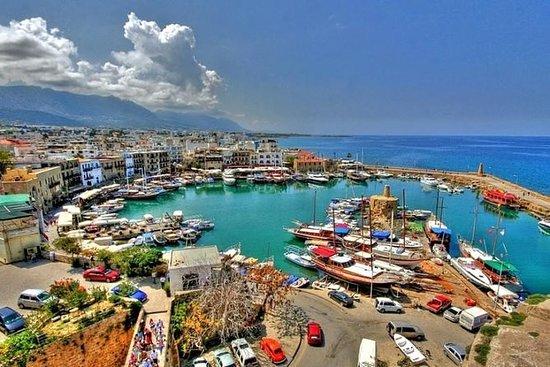 私人一日游:来自尼科西亚的尼科西亚和凯里尼亚
