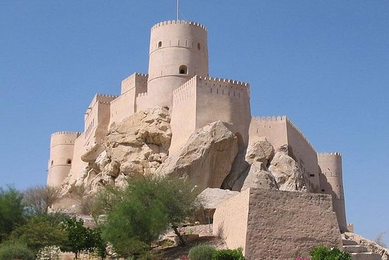 Private Tour: Nakhl and Rustaq Forts...