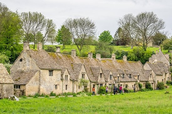 Oxford and Cotswolds Full-Day...