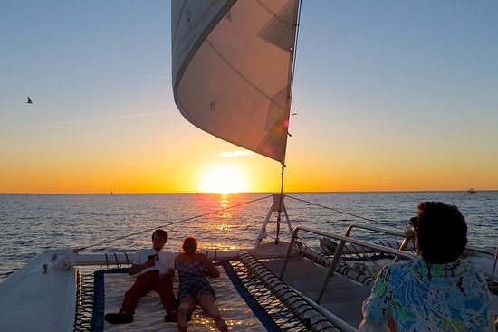 Private Sunset Sailing Charter