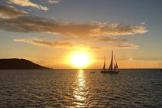 Magnetic Island Sunset Sail Private ...