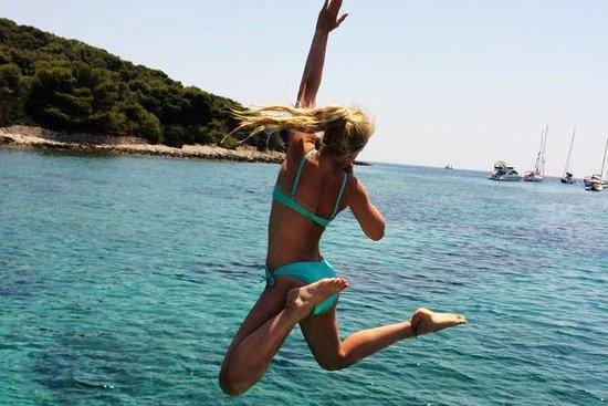 Blue Lagoon & Undiscovered Solta...