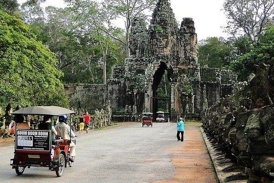 Full Day Angkor Tours i Tuk Tuk...