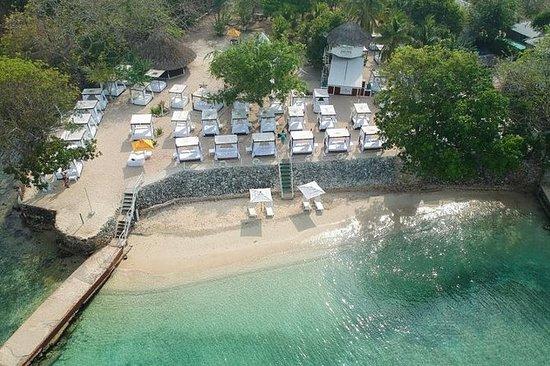 Club de playa Bora Bora Cartagena...