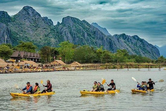 Tour de medio día en kayak por el río...