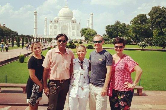 Excursão privada pelo Taj Mahal de...