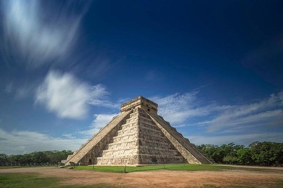 A full day tour Chichen itza...