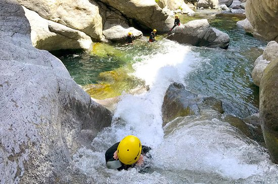 Xtra Canyon, canyoning in Corsica...