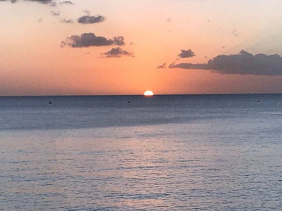 Hotel The Cliff Bay: Sunset from the Cliff restaurant in Barbados