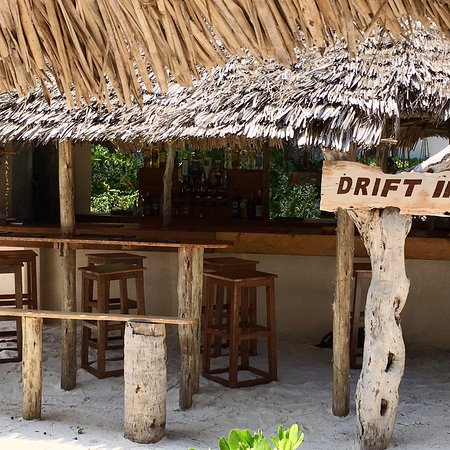 Driftwood Beach Lodge: Chilled to perfection .....