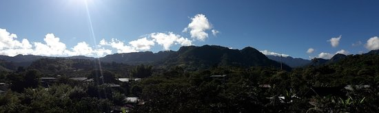 Bio Hostal Mindo: Equinoccio Ecuador in Mindo Cloud Forest