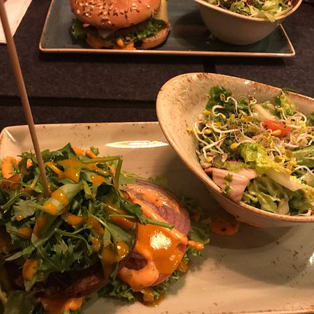 HANS IM GLUECK Burgergrill & Bar: HANS IM GLÜCK – Burgergrill München | Isartor