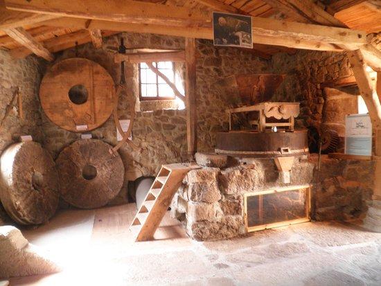 Le Moulin au Fil de l'Eau