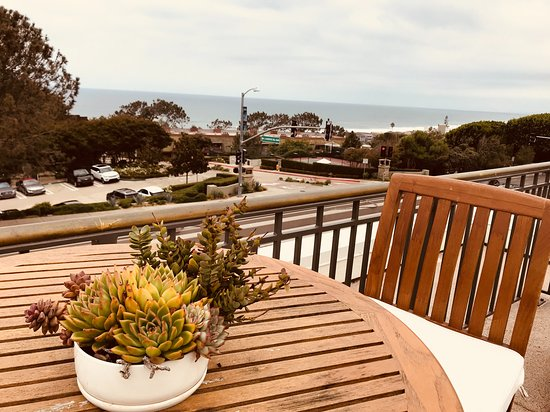 Del Mar, CA: roof top for relaxing after massage with the ocean view.