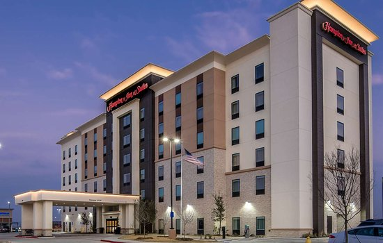 Not Nebraska Furniture Mart But Close Review Of Hampton Inn