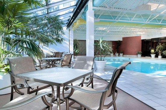 Oak Lawn, IL: Pool