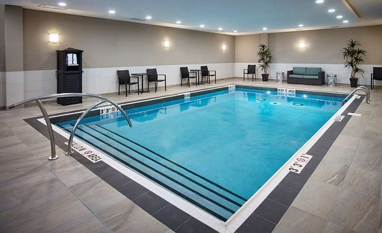 Awe Inspiring The 5 Best North Bay Hotels With A Pool Of 2019 With Prices Home Interior And Landscaping Ferensignezvosmurscom