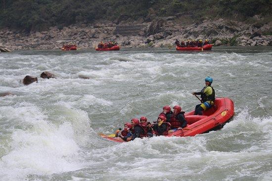 Trishuli River Side Resort: rafting