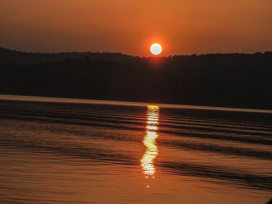 Sunset over Bhadra reservoir.