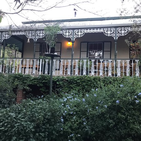 Gorgeous guest house in a beautiful location with wonderful service and delicious meals