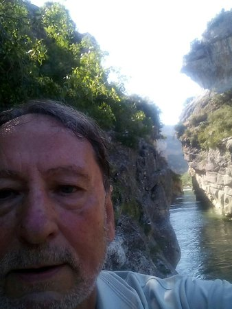 Lumbier, Испания: Selfi  a la  entrada de la Foz