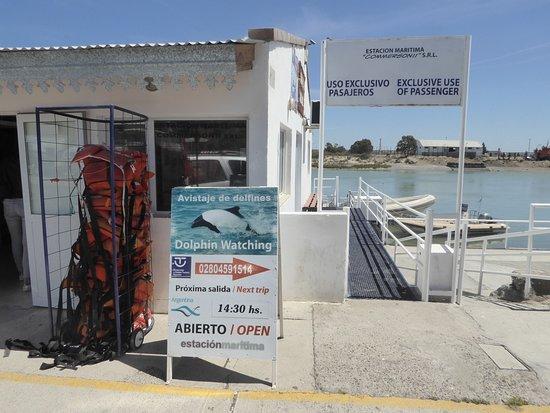 Puerto Rawson, الأرجنتين: Exkursionsterminal