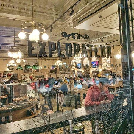 Explorateur Cafe Restaurant Bar Boston Downtown Restaurant