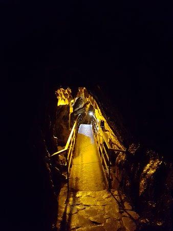 Ayancik, Turkey: İnaltı Mağarası