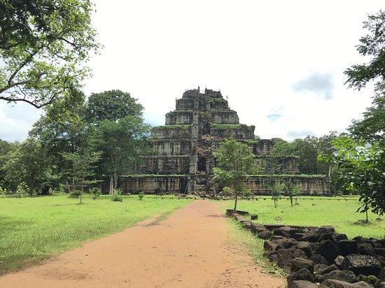 Koh Ker Temple: Koh Temple tours
