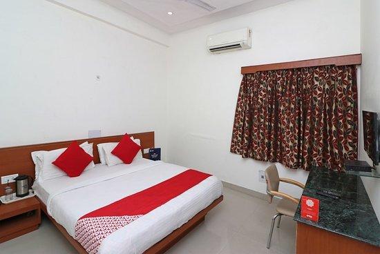 OYO 14837 HOTEL UBEROI ANAND (Bareilly, Uttar Pradesh) - Hotel