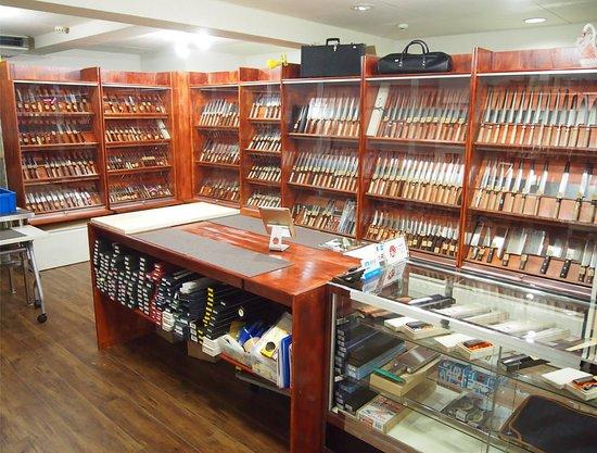Osu, Japón: Miura Knives shop1
