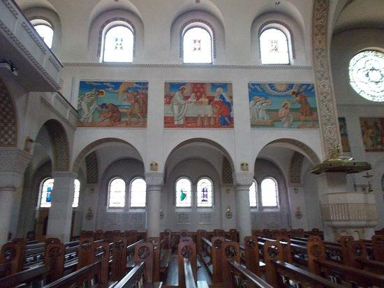 Pfarrkirche St Johannes: L'interno della Chiesa