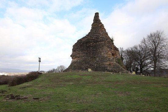 Pyramide de Couhard: Vue du site