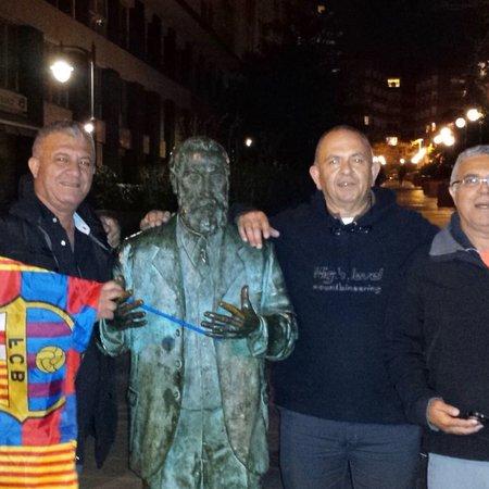 Monumento Qu'il I Ce Jornet Antoni 2019 A barcelone Faut Gaudi fqaOfxr