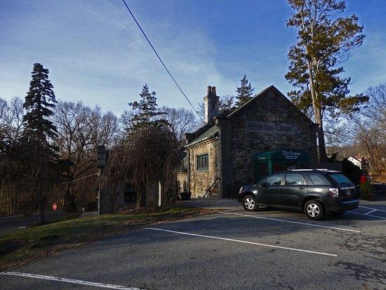 Mountain Lakes, NJ: The Station